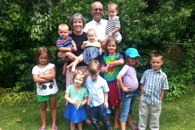 We spent Sunday at Reagan's new house and finally got a picture of all the cousins (with Grandmama and Pappy).