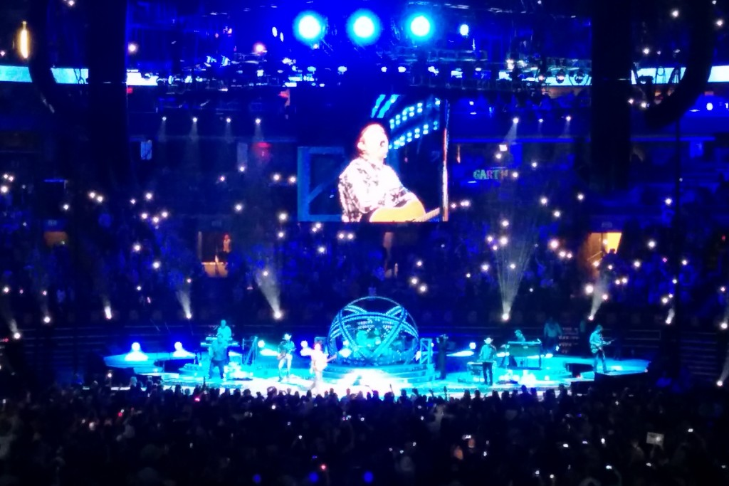 Saturday, January 24 was officially the best night of my life. I saw Garth Brooks in the flesh.